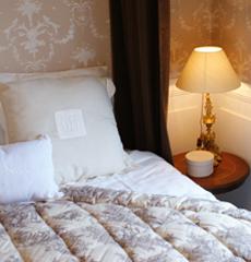 chambres d 39 hotes a dinard la gougeonnais tarifs. Black Bedroom Furniture Sets. Home Design Ideas